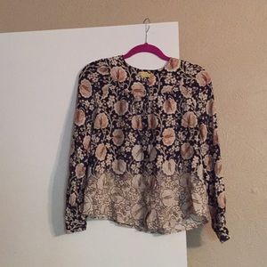 Nice top great for fall